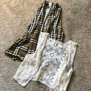 CHARLOTTE RUSSE BUNDLE of 2 Women's Vests